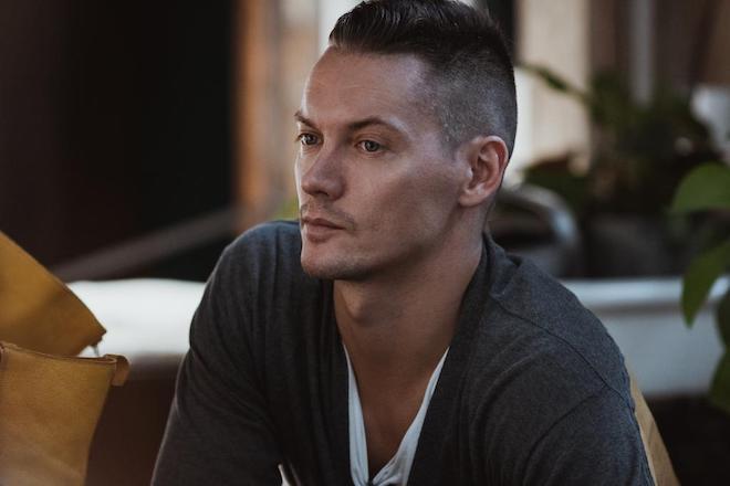 Александр Моисеенков